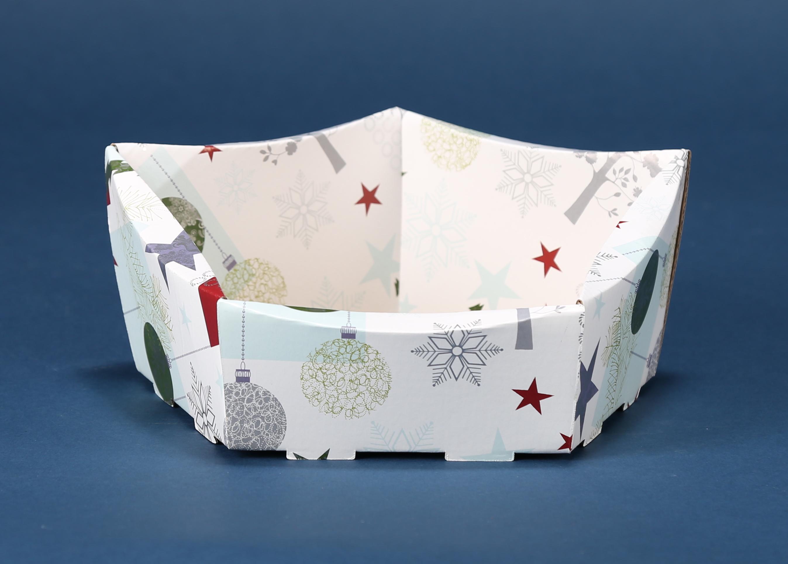 Ozdobny kosz prezentowy Boże Narodzenie 2017