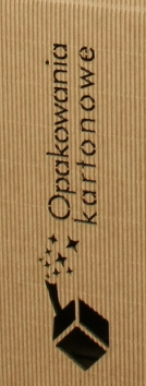 grawer na pudełku do wina